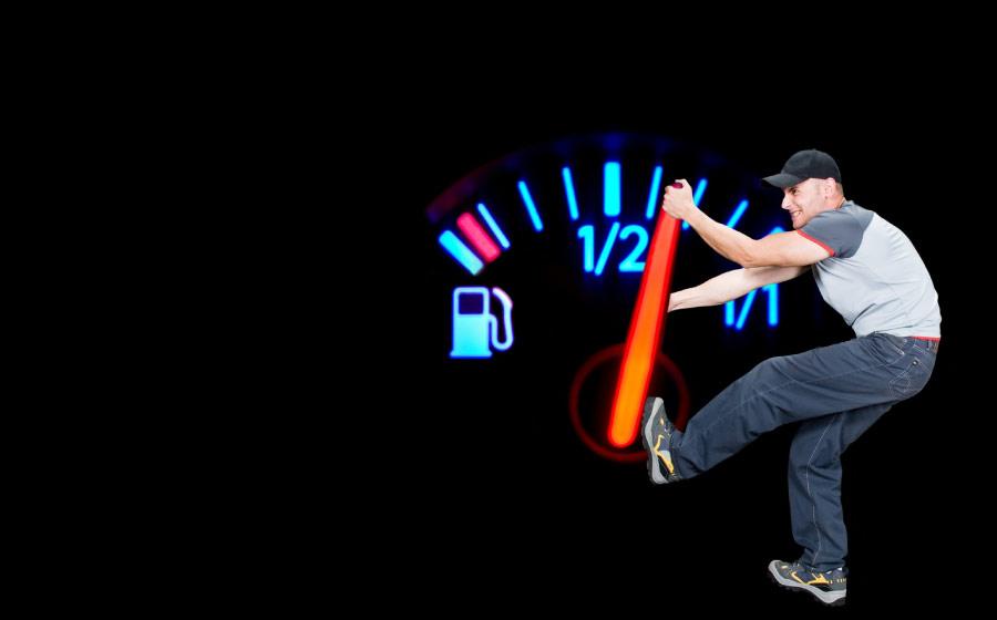 5 dicas para economizar o seu combustível.
