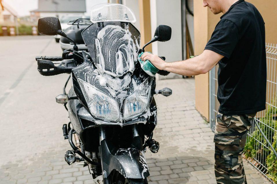 Como realizar a lavagem de motos de forma correta